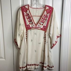 Free people size SP embroidered hobo peasant dress